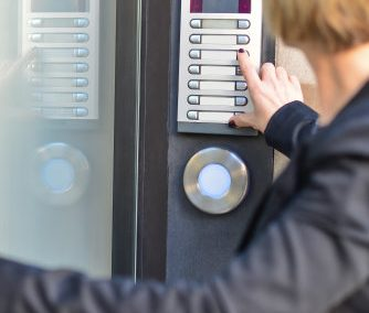 Choosing a Commerical Security System